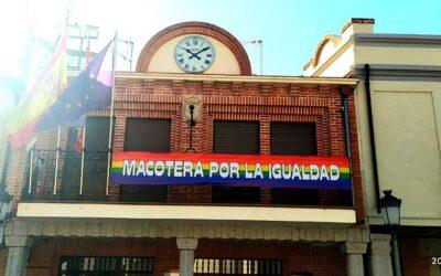 El Ayto de Macotera se suma a las reivindicaciones del día del orgullo LGTBIQ+. Libertad, diversidad, respeto, tolerancia, derechos, igualdad.